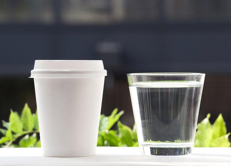 kahve ve su