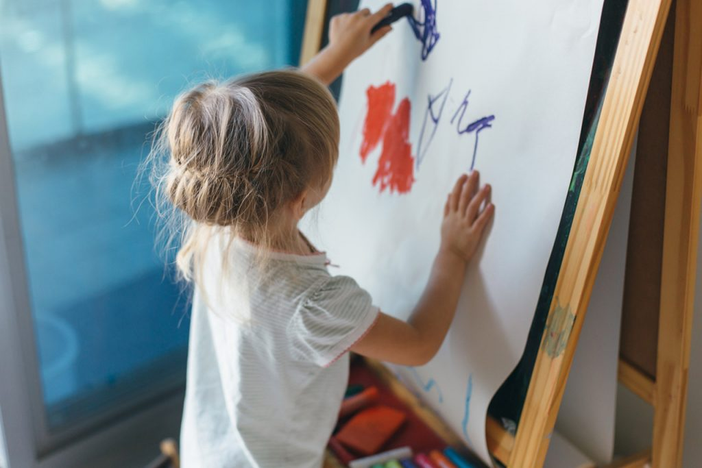 resim yapma teknikeri, resim yapan çocuk