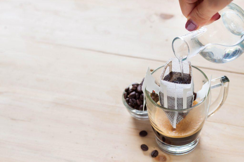 soğuk kahve yapımı, soğuk kahveler, kahve demleme torbası