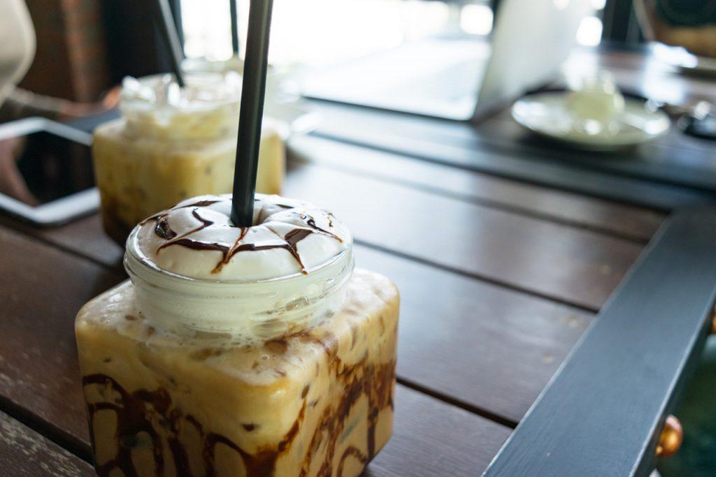 soğuk kahve yapımı, soğuk kahveler, soğuk frappe