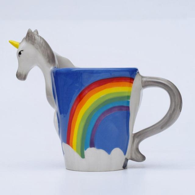 tek boynuzlu atlı gökkuşağı kahve fincanı, ilginç kahve fincanı modelleri
