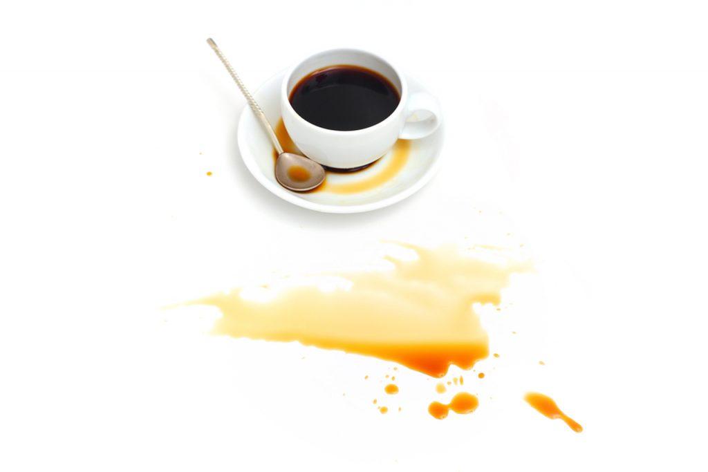 dökülmüş kahve, kahve lekesi nasıl çıkar